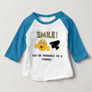 Glimlach! U bent waarschijnlijk op een Baby T Shirts
