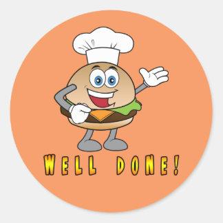 Goed uitgevoerde cheeseburger! ronde sticker