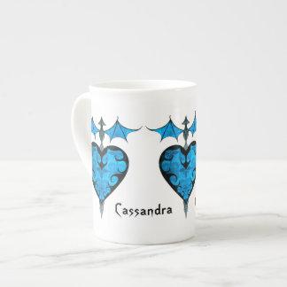 Gotisch Victoriaans afgebakend vampierhart in blau Theekop
