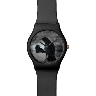 Gotische Zwart-witte Kraaien Horloge