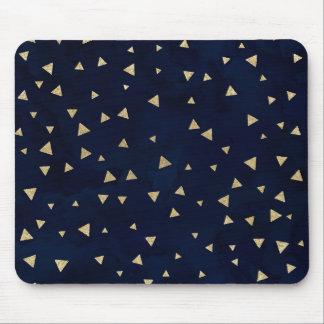 Gouden driehoeken geometrische marineblauwe muismat