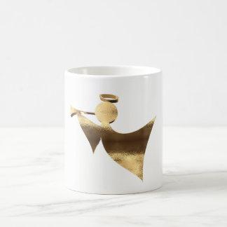 Gouden Engel die Kerstmis van de Trompet speelt Koffiemok
