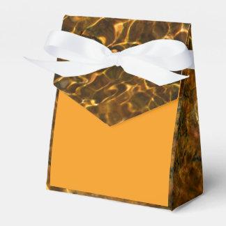 Gouden oranje gunstdoos met aqua marien patroon bedank doosje