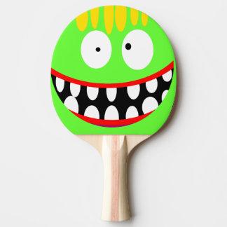 grappige gekke cartoonglimlach tafeltennis bat