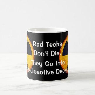 """Grappige """"Rad Techs sterven niet"""" Radioactief Koffiemok"""