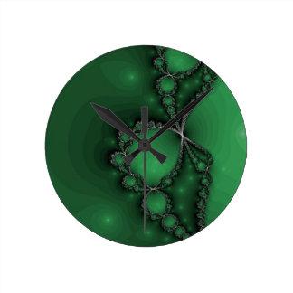 Groene en Zwarte Fractal Juwelen Ronde Klok