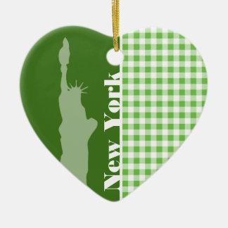 Groene Gingang New York; Standbeeld van Vrijheid Keramisch Hart Ornament