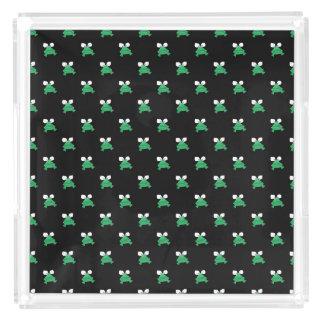 Groene Kikkers op het Zwarte Dienblad van het
