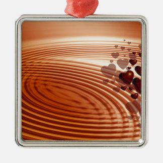 Groep rode harten die in de trillingen stromen zilverkleurig vierkant ornament