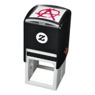 Grungy Rode Symbool van de Anarchie Zelfinktende Stempel