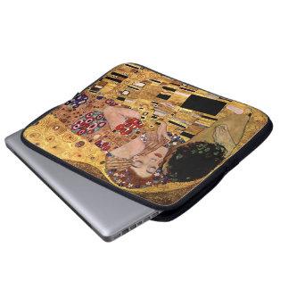 Gustav Klimt: De kus (Detail) Laptop Sleeve