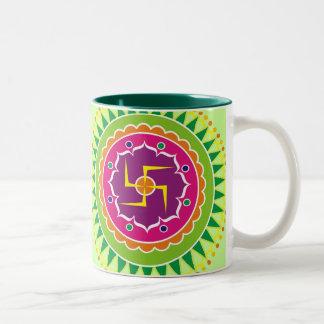 Hakenkruis met Traditionele Indische stijl Mandana Tweekleurige Koffiemok