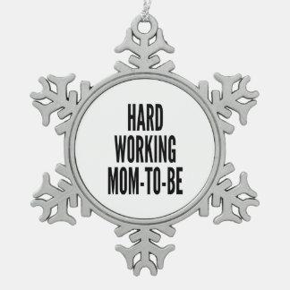 Hard mamma-aan-is het Werken Tin Sneeuwvlok Ornament