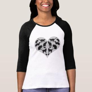 Hart met Zwarte Kat wordt gevuld die T Shirt