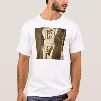 Hathor-geleide kolom, van de Kapel van T Shirt