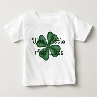 Heel klein KRW Weinig Ierse Klaver Lass Baby T Shirts