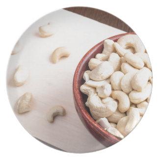 Heerlijke en gezonde ruwe cashewnoten bord