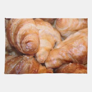 Heerlijke klassieke Franse croissantenfoto Theedoek