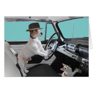 Hefboom Russell en Kat die Klassieke Auto drijven Kaart