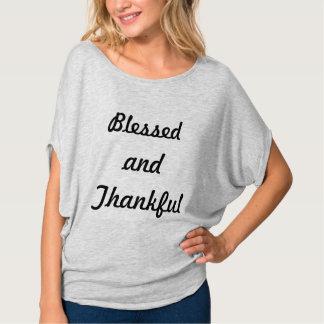 Heilig en dankbaar t shirt