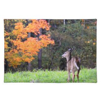 Herten op het Gebied op een Dag van de Herfst Placemat