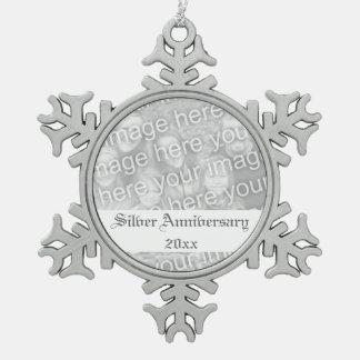 het 25ste Ornament van de Vakantie van het Jubileu Tin Sneeuwvlok Ornament
