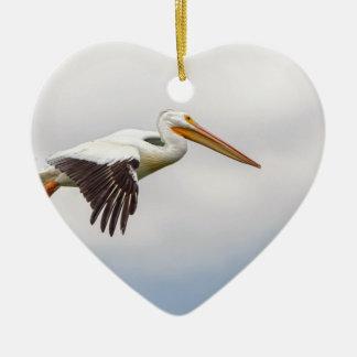 Het Amerikaanse Witte Kruisen van de Pelikaan Keramisch Hart Ornament