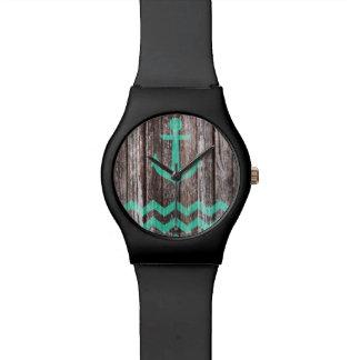 Het Anker van de munt op oud hout Horloge