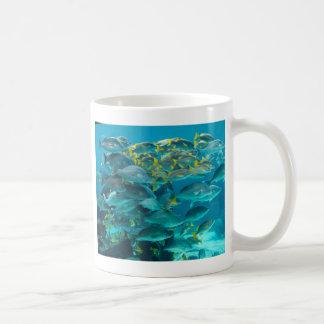 Het Aquarium van de Vissen van Atlantis Koffiemok