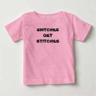 """Het baby """"KLIKT KRIJGT STEKEN """" Baby T Shirts"""