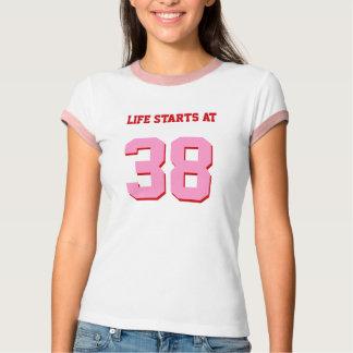 Het Begin van het leven bij 38 gekscheert 38ste T Shirt