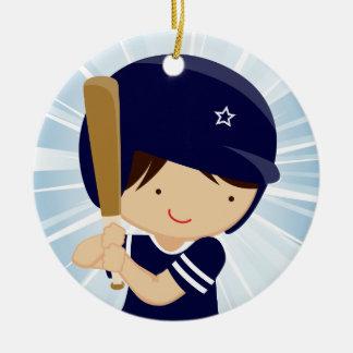 Het Beslag van de Jongen van het honkbal in Blauw Rond Keramisch Ornament