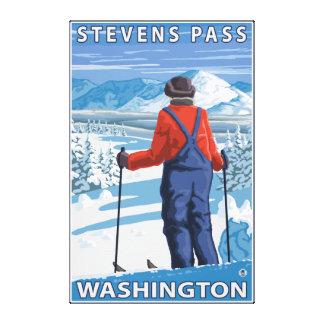 Het Bewonderen van de skiër - Stevens Pas, Stretched Canvas Afdruk