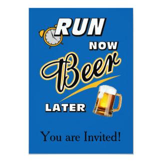 Het Bier van de looppas nu later 12,7x17,8 Uitnodiging Kaart