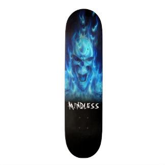 Het blauwe dek van de brandschedel skateboards
