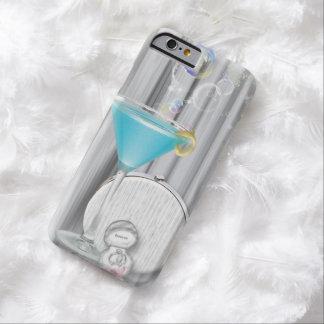 het blauwe martini betoverende meisje van de barely there iPhone 6 hoesje