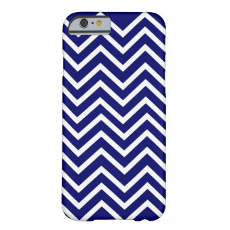 Het blauwe Patroon van de Chevron Barely There iPhone 6 Hoesje