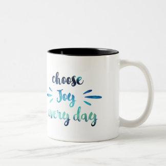 Het blauwgroen Blauw kiest vreugde elk dag Tweekleurige Koffiemok