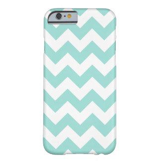 Het blauwgroen en Witte Patroon van de Chevron van Barely There iPhone 6 Hoesje