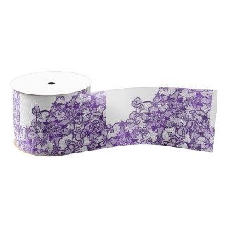 Het bloemenkant van de modieuze lavendel paarse grosgrain lint