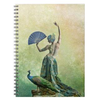 Het boek van de Nota van de Danser van de pauw Ringband Notitieboek