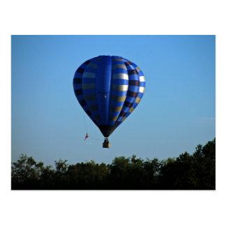 Het briefkaart van de hete luchtballon tijdens de  wens kaart
