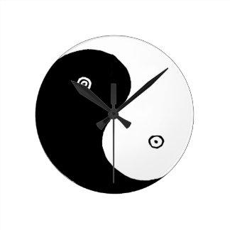 Het Chinese Symbool van Yin Yang Ronde Klok