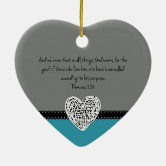 Het Christelijke Retro 8:28 van de Romeinen van Keramisch Hart Ornament