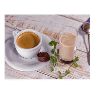 Het comfortabele Briefkaart van de Koffie