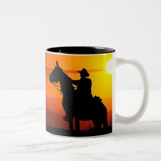 Het cowboy-cowboy-zonneschijn-western-land van de tweekleurige koffiemok