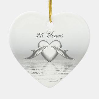 Het de zilveren Dolfijnen en Hart van het Jubileum Keramisch Hart Ornament