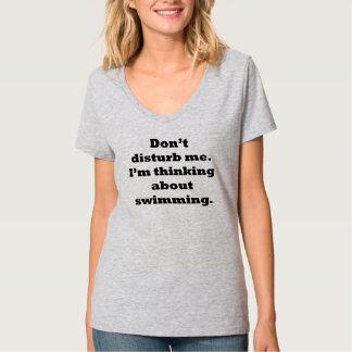 Het denken over het Zwemmen T Shirt