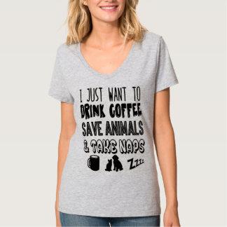 Het drink van Koffie & het Bewaren van Dieren T Shirt
