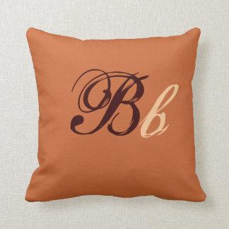 Het dubbele Monogram van B in Bruine en Beige I Kussen